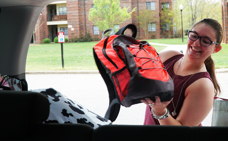 GWU Student Taylor Blanton packs her car for Easter Break