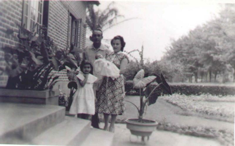 Baptizado da Sónia- Familia Morgado Deborah, Morgado, Fernanda e Sonia