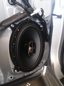 2013 Lexus CT200h Front Door Speaker Installation - USA
