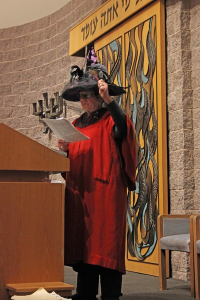 Purim Shpiel and Megillah Reading 2015
