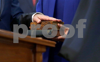 bible-story-doubts-raised-over-a-texas-inaugural-tradition