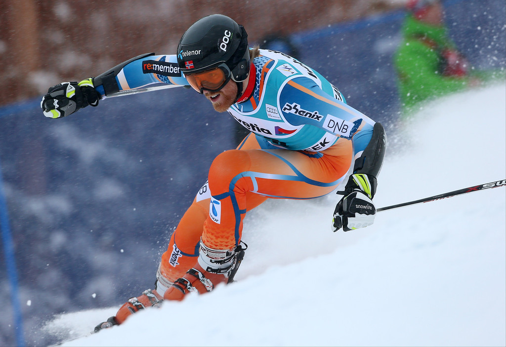 . Norway\'s Leif Kristian Haugen makes a turn on his first run during the men\'s World Cup giant slalom skiing event, Sunday, Dec. 8, 2013, in Beaver Creek, Colo. (AP Photo/Alessandro Trovati)