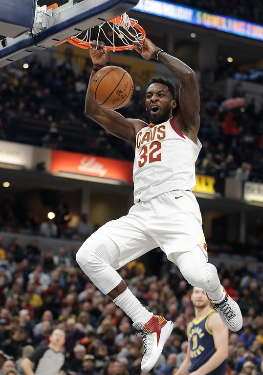 . Cleveland Cavaliers\' Jeff Green dunks during the first half of the team\'s NBA basketball game against the Indiana Pacers, Friday, Dec. 8, 2017, in Indianapolis. (AP Photo/Darron Cummings)