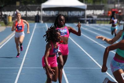 Girls 800m SMR Championship