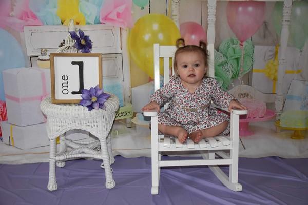 Paityn's First Birthday Pics.