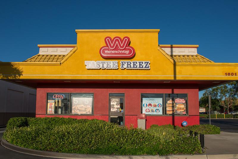 1571-1641 North Magnolia Avenue, El Cajon, CA 92020-6.jpg