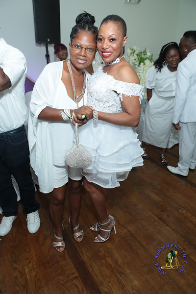 SHERRY SOUTHE WHITE PARTY  2019 re-236.jpg