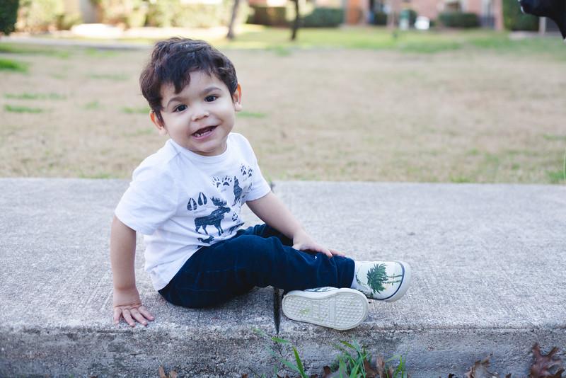 Santi 28 months-3.jpg