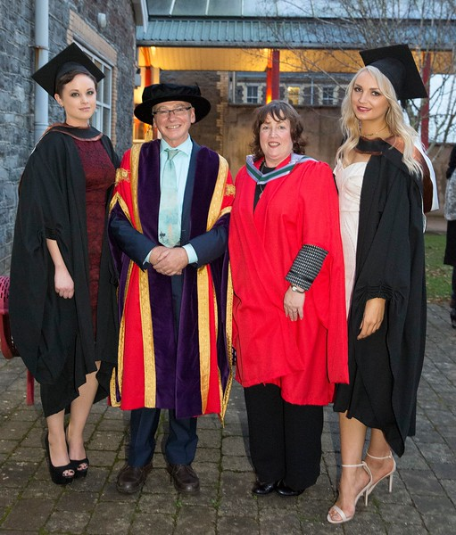 28/10/2015 IMAGE FREE TO USE. Conferring at Waterford Institute of Technology. l-r  Eleanor Kirwan from Glenmore Batchelor of Science (honours) in Psychiatric Nursing, Prof Willie Donnelly President WIT,  Suzanne Deniffe Head of School of Nursing WIT and Joanna O'Brien from Ferrybank Batchelor of Science (honours) in General Nursing. Photo; Mary Browne