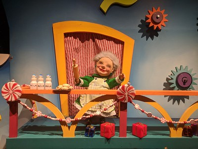 Rike's Dept Store Displays - Schuster Performing Arts Center - Dayton - 21 Dec. '17