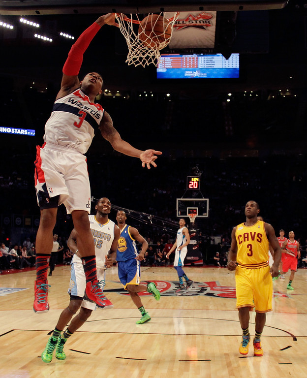 . HOUSTON, TX - FEBRUARY 15:  Bradley Beal #3 of the Washington Wizards and Team Chuck dunks the ball in the BBVA Rising Stars Challenge 2013 part of the 2013 NBA All-Star Weekend at the Toyota Center on February 15, 2013 in Houston, Texas.   (Photo by Eric Gay/Pool/Getty Images)