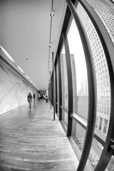 Warped corridor San Francisco MOMA ref: 6bb8e192-5660-49e6-81cc-0970acf421f5