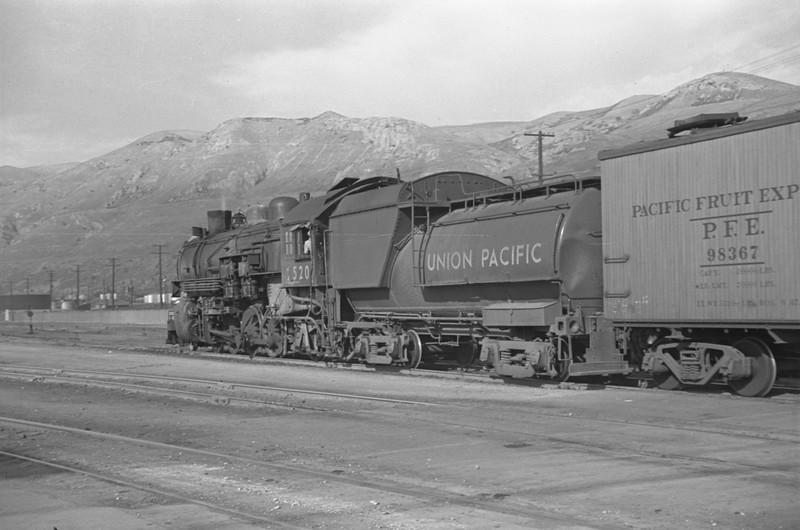 UP_2-8-2_2520-with-train_Salt-Lake-City_Oct-5-1947_002_Emil-Albrecht-photo-230-rescan.jpg