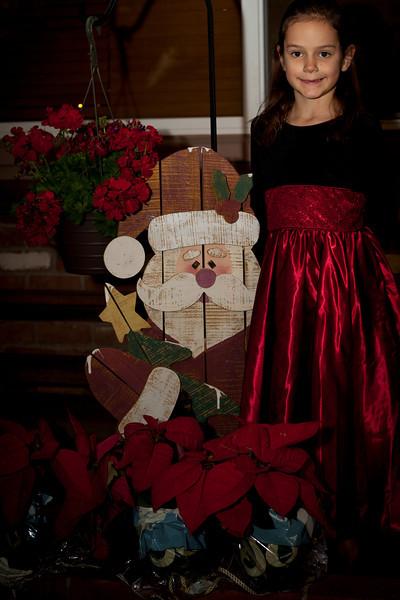 Sadie W Santa.jpg