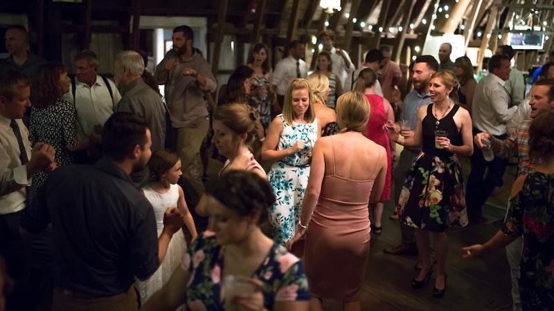 Garrett & Lisa Wedding (908).jpg