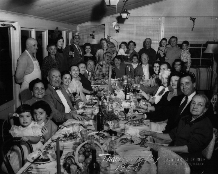 1954, Thanksgiving Day