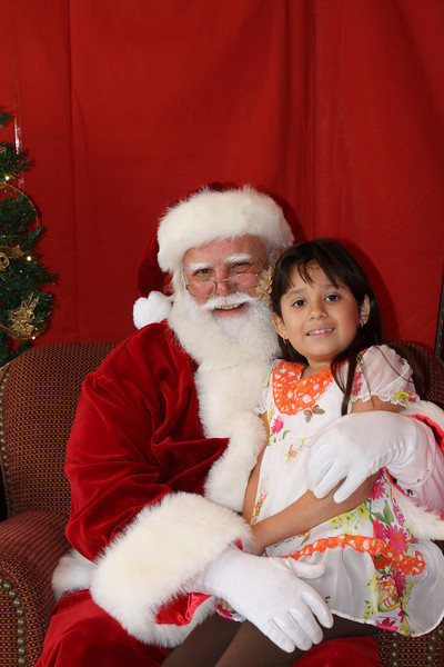 Santa Clause 27NOV2010-128.JPG