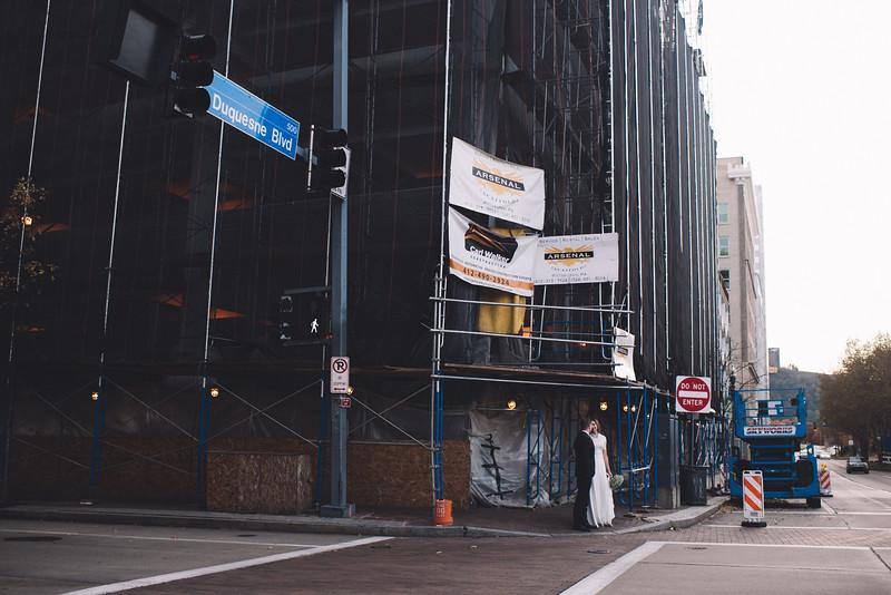 Pittsburgh Elopement Photographer - Monaco Bridge Downtown - Hadley-179.jpg