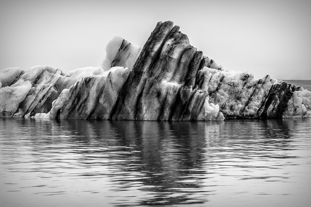 冰岛冰川泻湖(Glacier Lagoon),水上冰雕