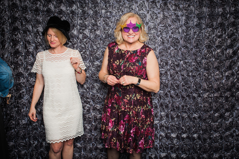 Lynn + Nancy Photobooth-77.jpg