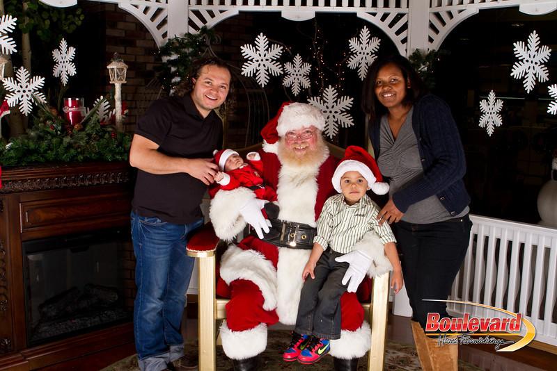 Santa Dec 15-258.jpg