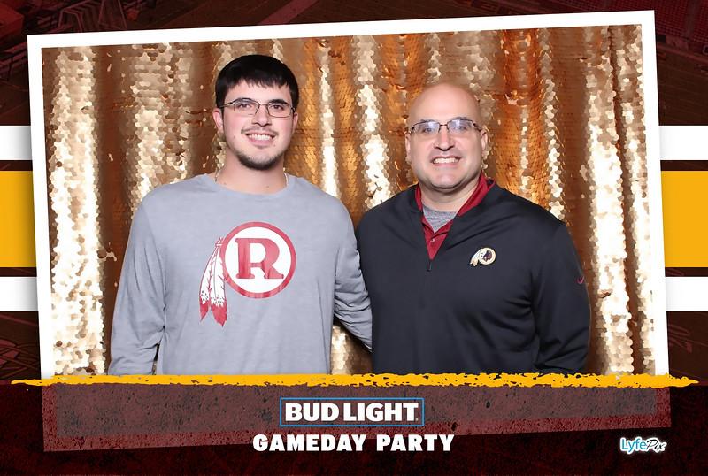 washington-redskins-philadelphia-eagles-football-bud-light-photobooth-20181203-184624.jpg