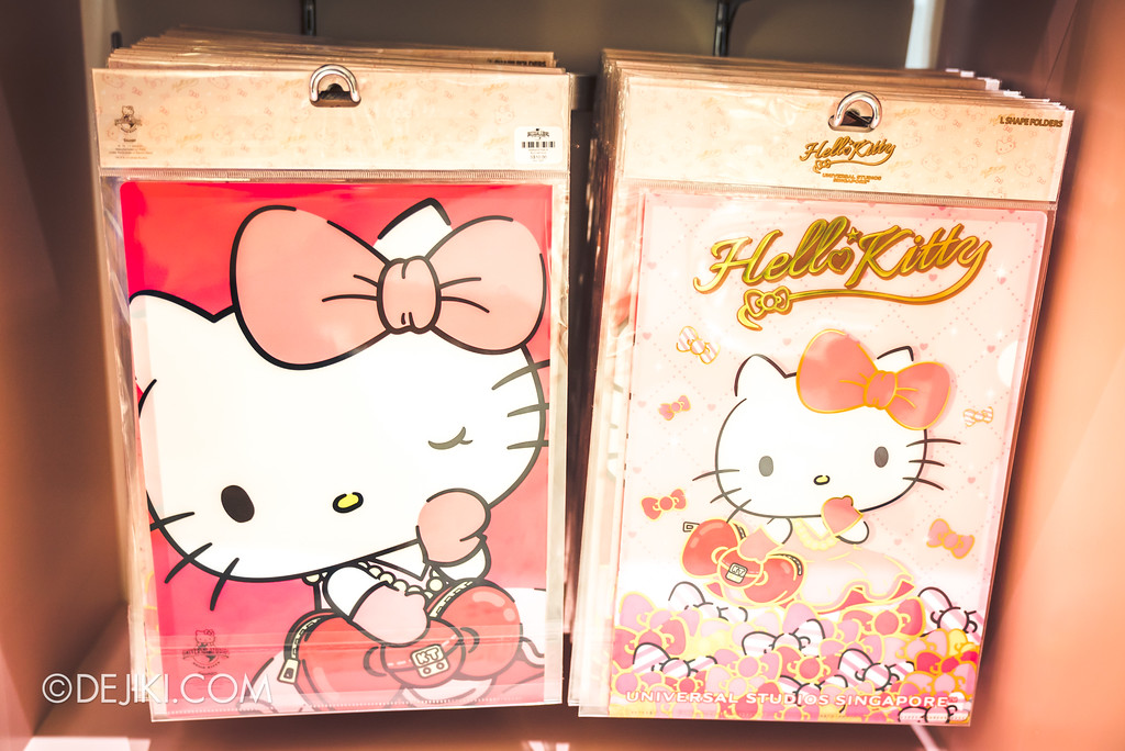 Universal Studios Singapore - Hello Kitty Studio store / folders