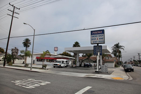 Scotty's Gas Long Beach