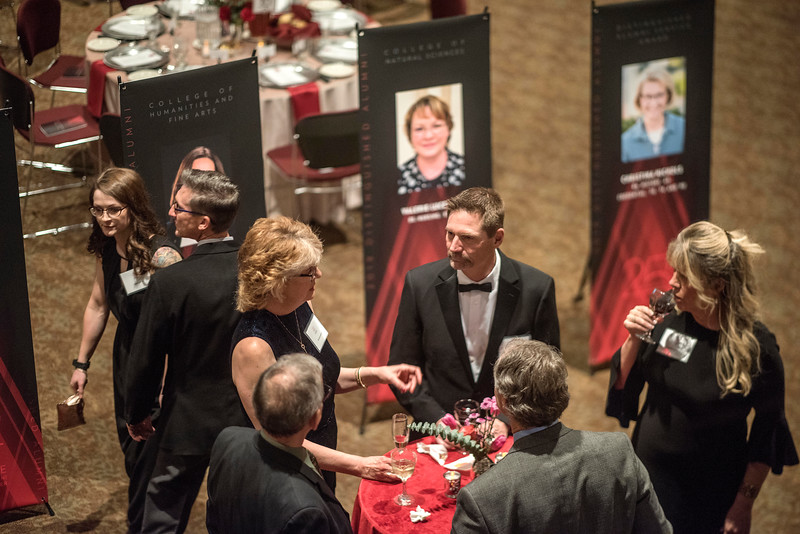 Guests attends the Distinguished Alumni dinner on Friday, March 9, 2018 in Chico, Calif.  (Jason Halley/University Photographer/CSU Chico)