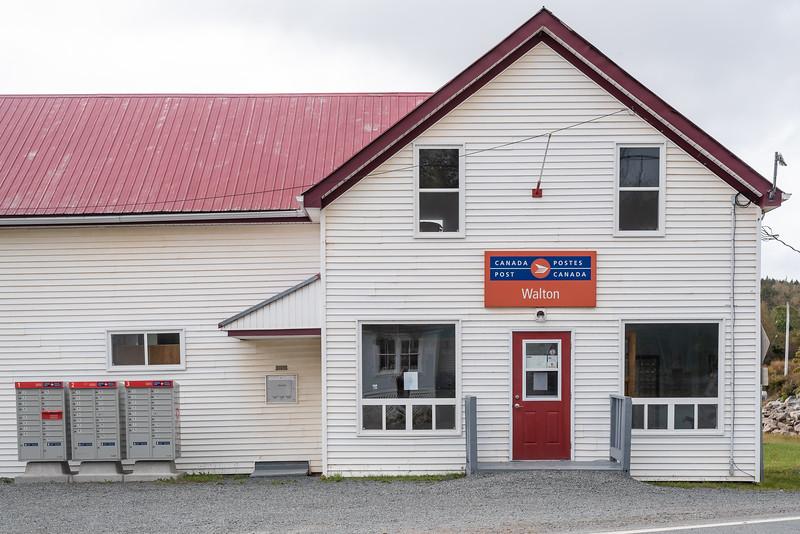 yup, that's the Walton post office