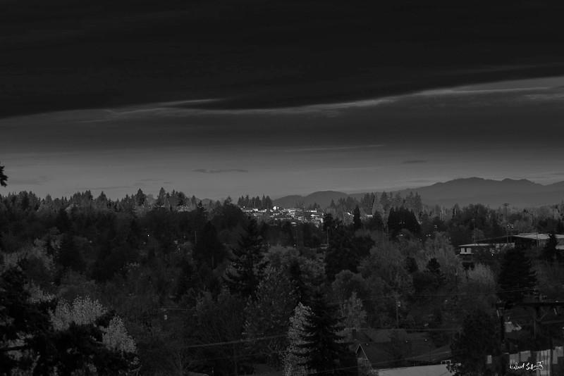 ridgeline sunrise #6bw.jpg