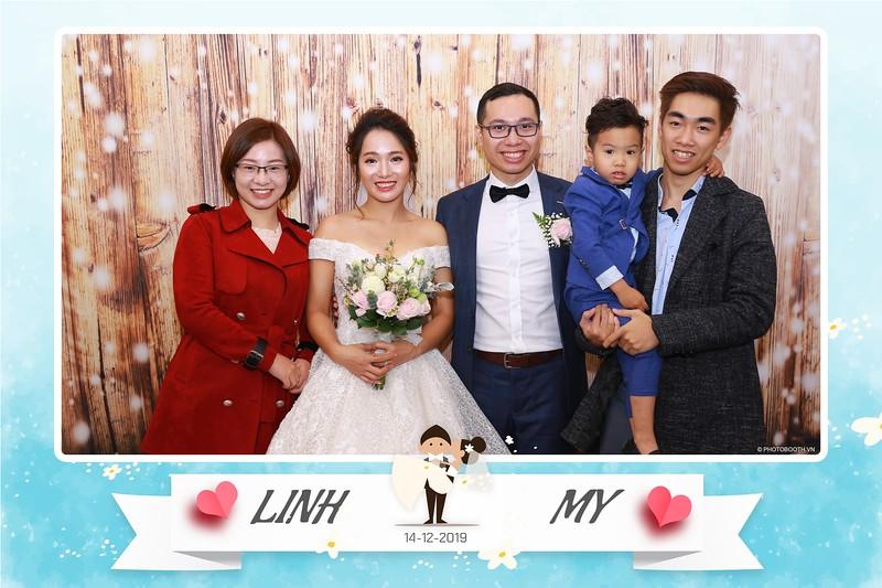 Linh-My-wedding-instant-print-photo-booth-in-Ha-Noi-Chup-anh-in-hnh-lay-ngay-Tiec-cuoi-tai-Ha-noi-WefieBox-photobooth-hanoi-22.jpg