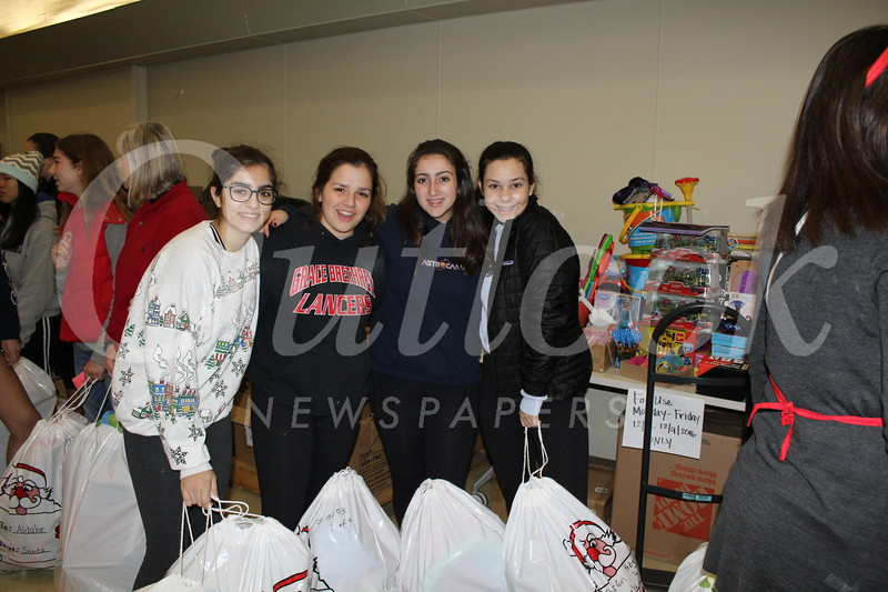 Kristen Asmar, Victoria De Cardenas, Gabby Pontrelli and Isabela Cacho-Sousa.JPG
