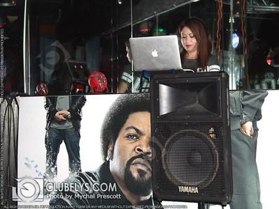 2015-08-21 [Fresh Fridays w/ DJ Disco Kitten, Martin's Bar, Clovis, CA]