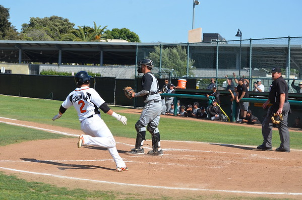 VC-Baseball_vs_Moorpark_20150410