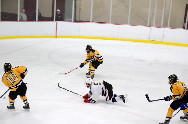 141004 Jr. Bruins vs. Boston Bulldogs-016.JPG