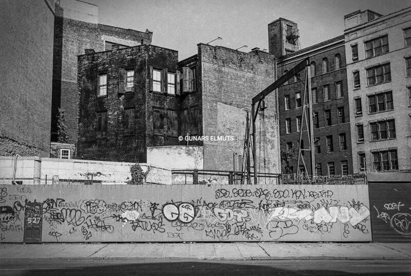 Graffiti 90's dng.jpg