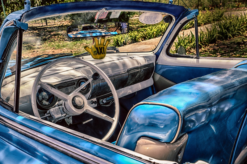 Old USA Cuba Cars