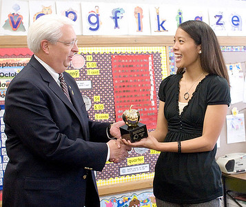 2008 - Golden Apple Awards 3-7