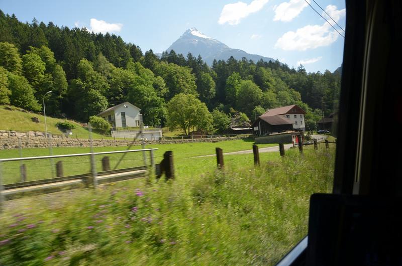 DSC_1012-swiss-countryside-view.JPG