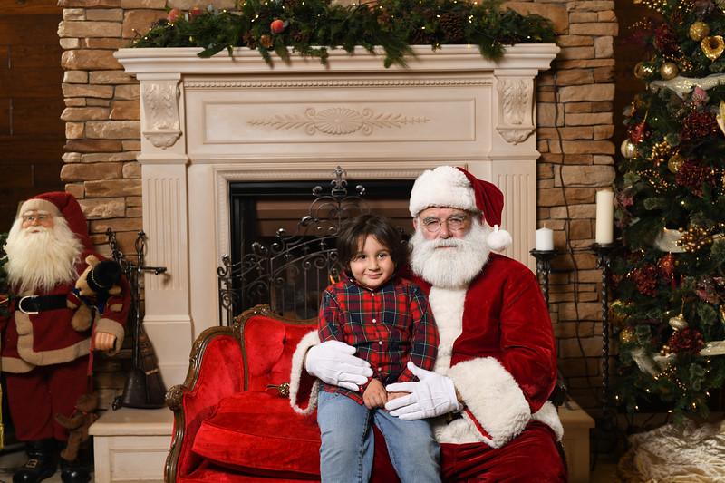 Santa2018.TylerBoye.-153.jpg