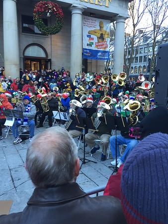 14-11-29 Tuba Christmas