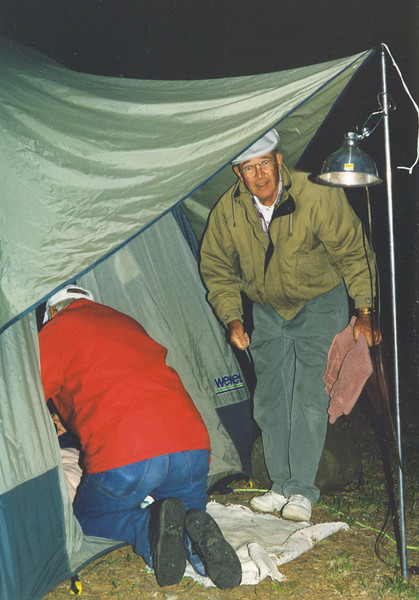 Jack_and_Chuck_getting_into_tent.jpg