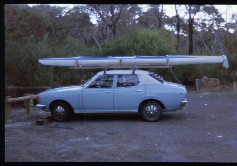 kayak-1141301517.jpg