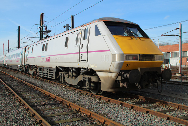 91131 at Neville Hill.