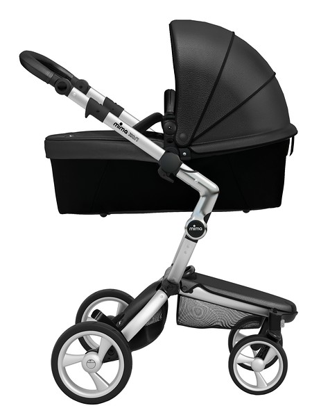 Mima_Xari_Product_Shot_Black_Flair_Aluminium_Chassis_Black_Carrycot_Side_View.jpg