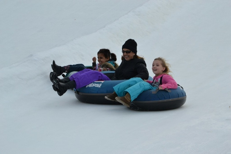 Snow_Tubing_at_Snow_Trails_016.jpg
