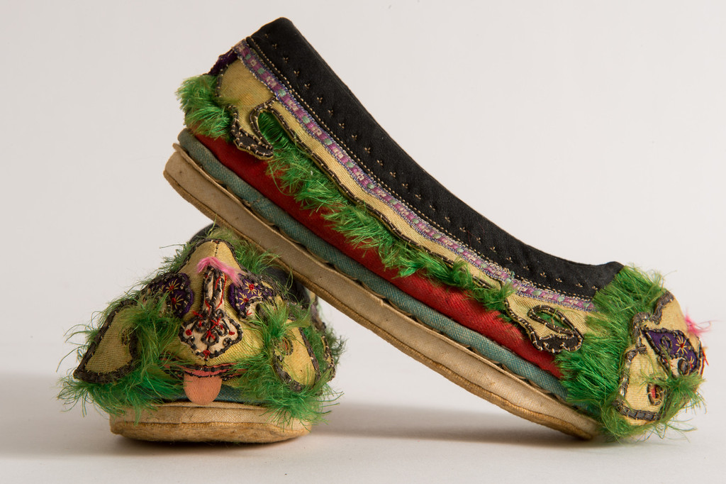 . Vintage children\'s shoes for sale on Hunters Alley new website. Hunters Alley launches its new resale website January 22 with a selection of pre-owned furnishings and art starting at $25. (Photo by Michael Owen Baker/L.A. Daily News)