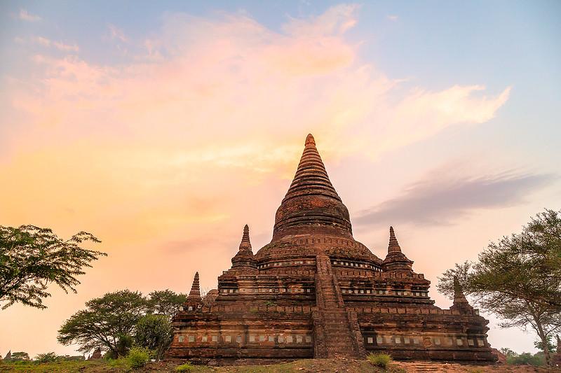 Sunset Bagan TempleIMG_8131.jpg