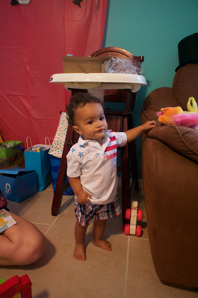 LINCOLN 1st BIRTHDAY PARTY_ 228.jpg
